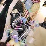 Ballondecoratie 27 verjaardag pastel